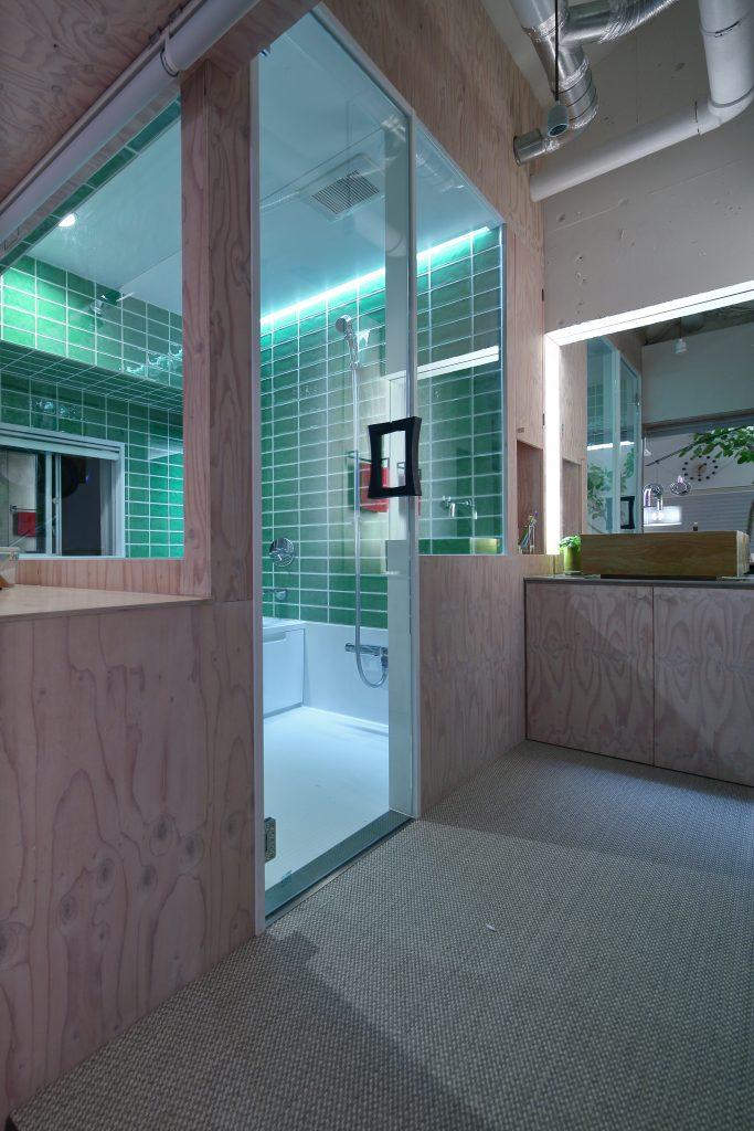 ガラス張りお風呂リノベーション