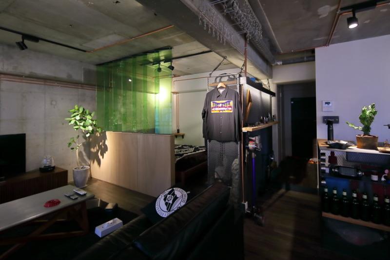 カラーガラスバンシーバを使った大阪のマンションリノベーション