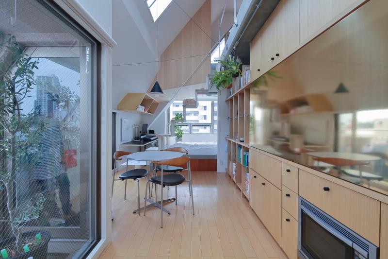 真鍮が使われたキッチン